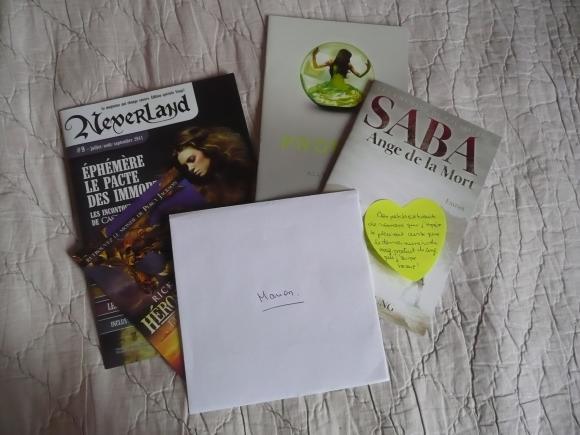 http://petitelunesbooks.cowblog.fr/images/Autresimages/CadeauxMatilda.jpg